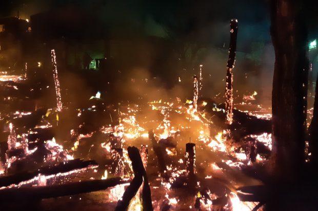 Под Харьковом сгорела база отдыха