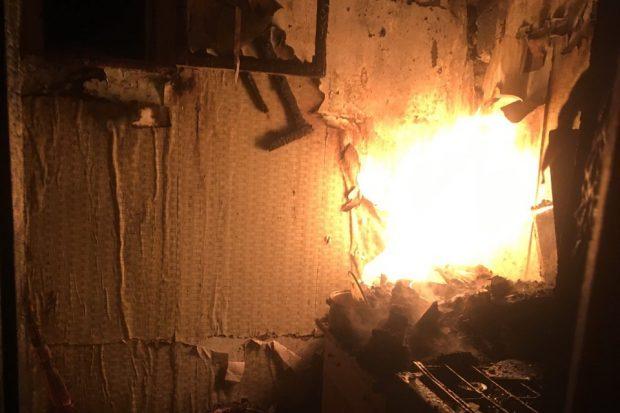 Под Харьковом во время пожара в частном доме пострадало 2 человека