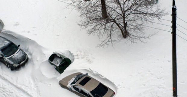 Первый заместитель Кернеса просит харьковчан, в случает снегопада, не парковать машины на улицах
