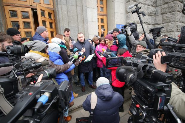 Харьковские теплосети спишут миллион гривен на имитацию коллекторских услуг