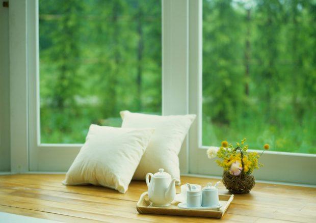 уютное окно в квартире