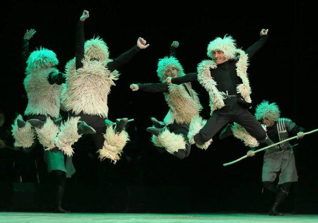 Державний ансамбль пісні і танцю Грузії «KUTAISI» знову у Харкові з новою програмою «ГРУЗИНСЬКЕ РІЗДВО»