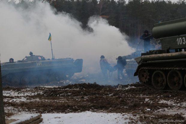 Порошенко рассказал о итогах военного положения в Украине