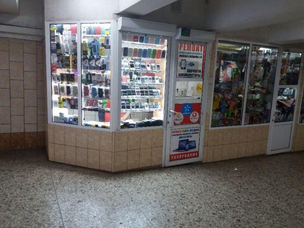 Харьковчанин просит убрать киоски в переходах метро