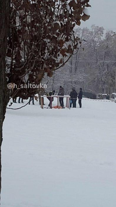 На детской площадке в Харькове нашли труп