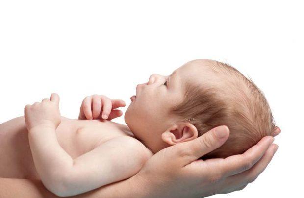 В Харьковскую область передали младенца от которого в РФ отказалась мать