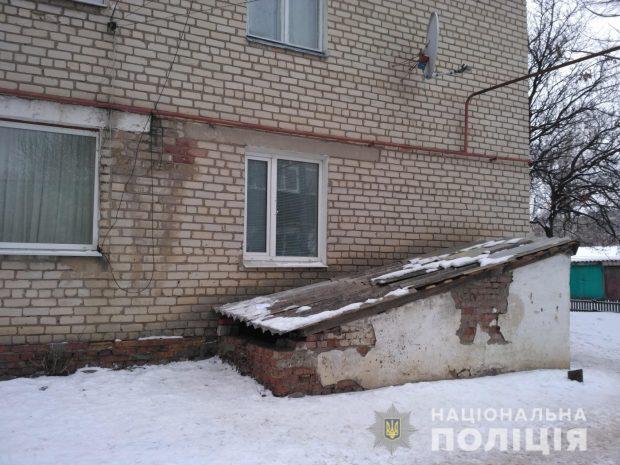 Под Харьковом воры проникли в квартиру через окно на первом этаже
