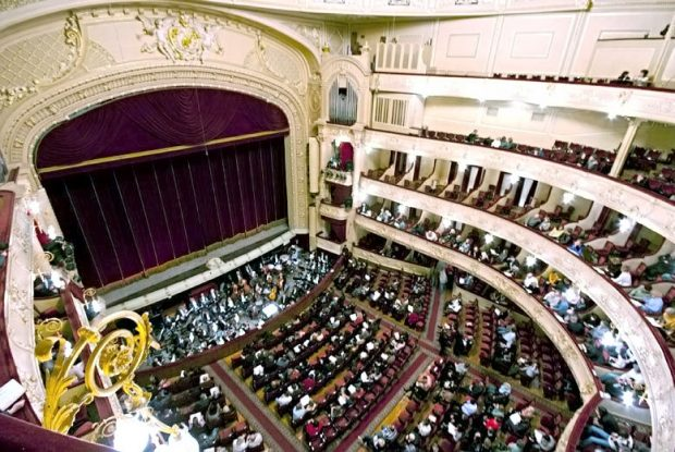 киев театр оперы и балета