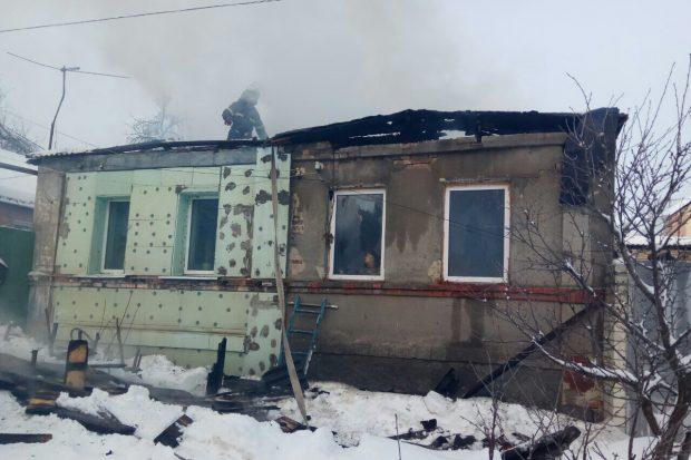 На Алексеевке сгорел частный дом: есть пострадавшие