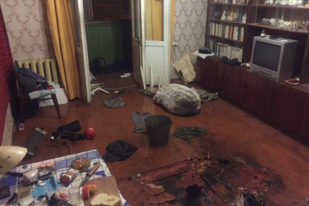 В Харькове горела квартира: хозяин жилья получил ожоги