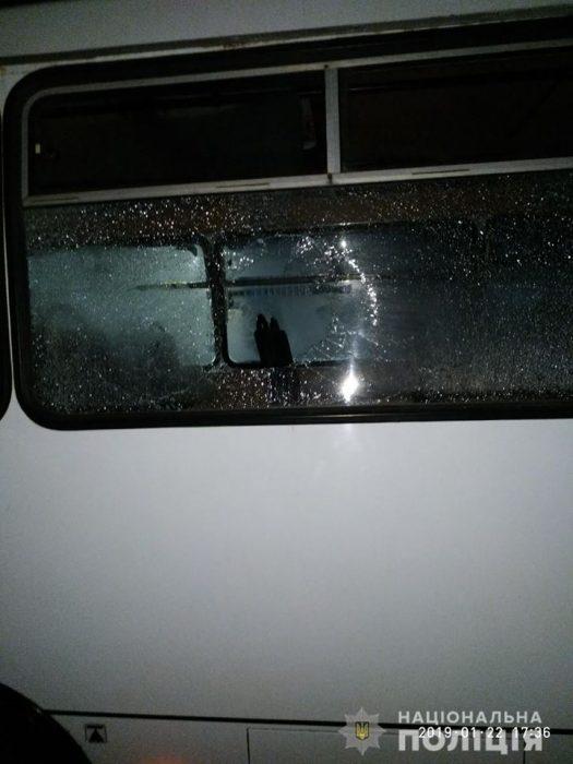 Под Харьковом в результате ссоры с водителем автобуса, мужчина отрыл огонь