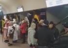 В харьковском метро спели колядники