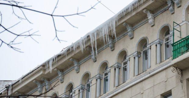 В Харькове ожидается потепление – возможен сход снега с кровель