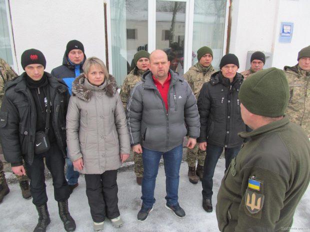 В Харьковской области в январе в армию направили около 200 контрактников