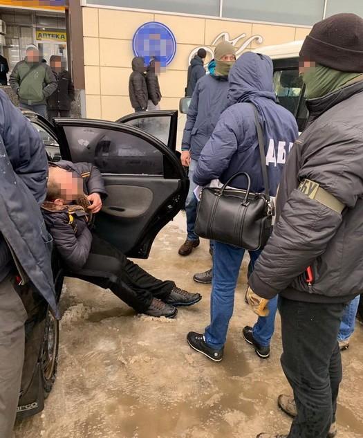 Пограничников Харьковщины поймали на взятке