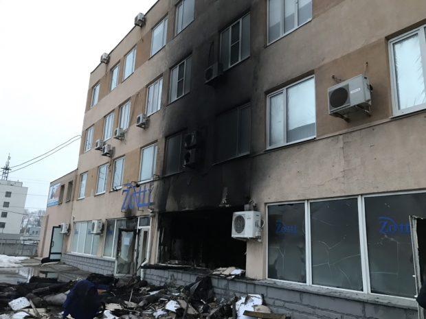 На проспекте Гагарина сожгли два обувных цеха