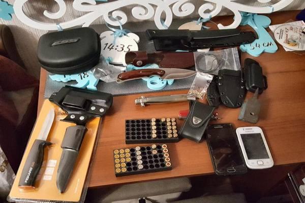 В Харькове обнаружили группировку с арсеналом оружия, которые могут быть причастны к нападению на журналиста