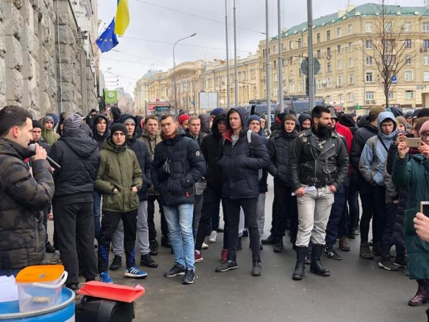 Кернес назвал протестующих против повышения тарифов харьковчан - крикунами-бездельниками