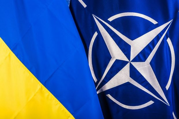 Десять нардепов Харьковщины голосовали за курс ЕС и НАТО
