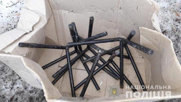 На Харьковщине мужчина разобрал и украл агитационную металлическую конструкцию