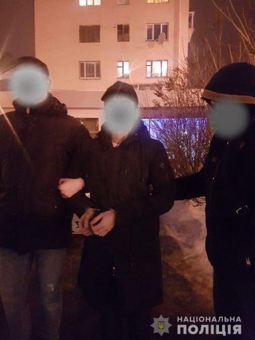В харьковском аэропорту задержали мужчину, который дал взятку пограничнику