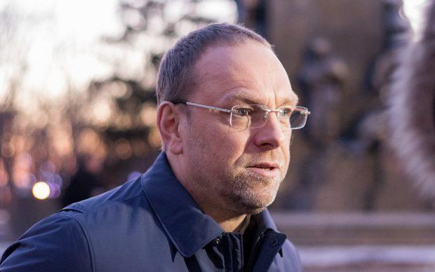 Сергей Власенко: «Уверен, что новый президент наложит вето на повышение цены на газ»