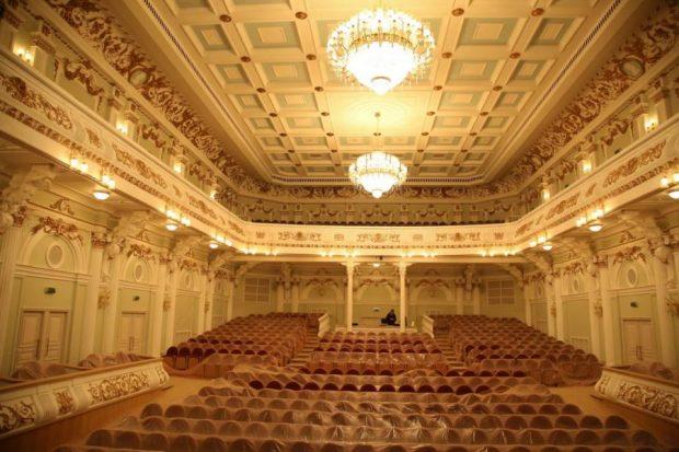 Первый концерт в большом зале филармонии состоится 14 февраля