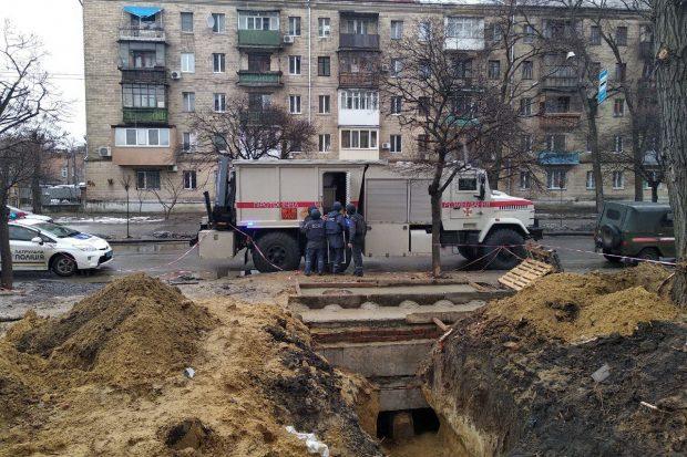 В Харькове в котловане нашли фугасную авиабомбу ФАБ-100