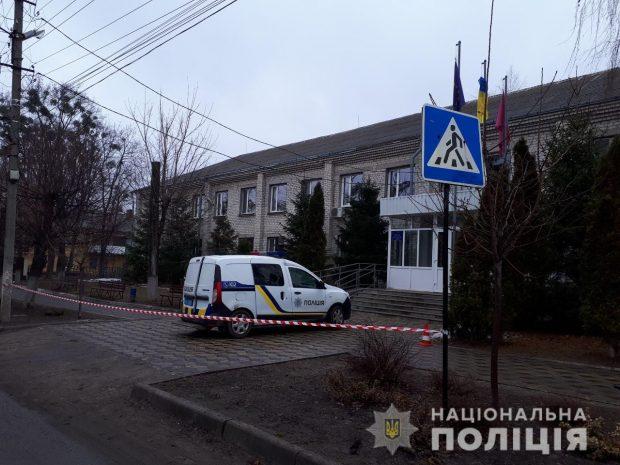 В поселковом совете на Харьковщине искали бомбу