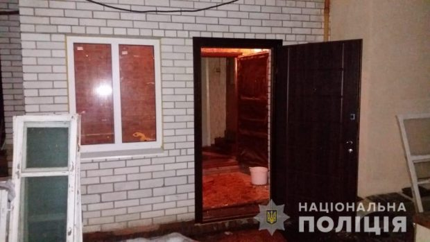 Под Харьковом пьяный мужчина в доме подорвал гранату