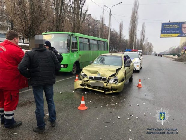 В результате аварии в Харькове пострадал один человек