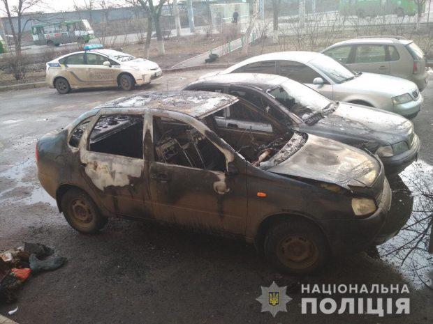 В Харькове и области в течение суток сгорели несколько легковушек
