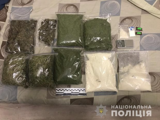 Полицейские Харькова изъяли наркотиков на сумму более миллиона гривен