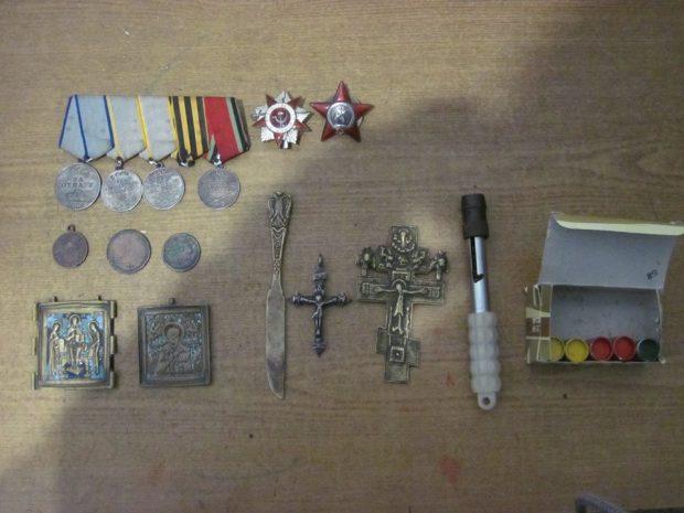 Харьковские пограничники задержали контрабанду предметов старины