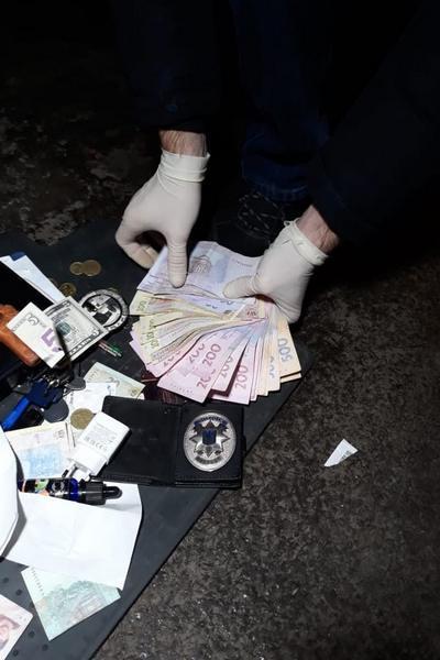 В Харькове лейтенант полиции организовал сеть сбыта наркотиков