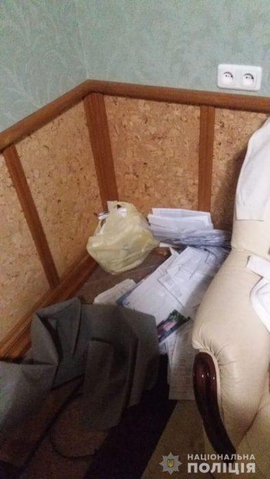 На Харьковщине у предпринимательницы украли сейф с крупной суммой