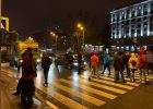 Жильцы дома, которым отключили свет, перекрыли проспект Науки