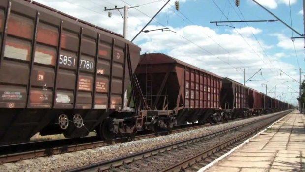 Под Харьковом двое подростков забрались на крышу поезда: один погиб, второй получил 70% ожогов
