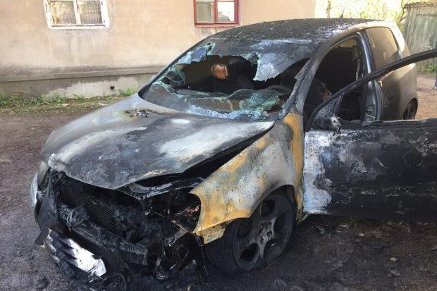 В Харькове ночью сгорел Volkswagen