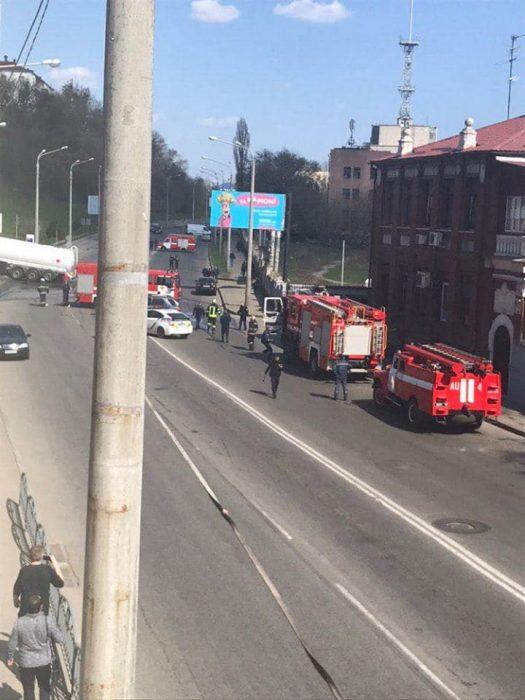 В Харькове бензовоз въехал в заправку - соцсети