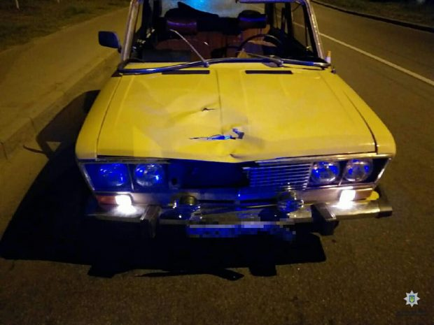 В Харькове пьяный водитель сбил парня и убежал с места ДТП