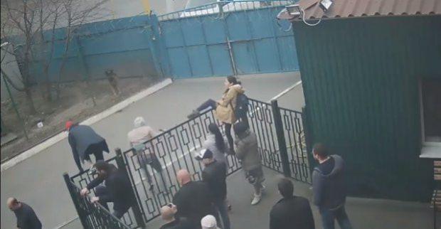 В Харькове по факту нападения на приют для животных открыто дело по статье «Самоуправство»