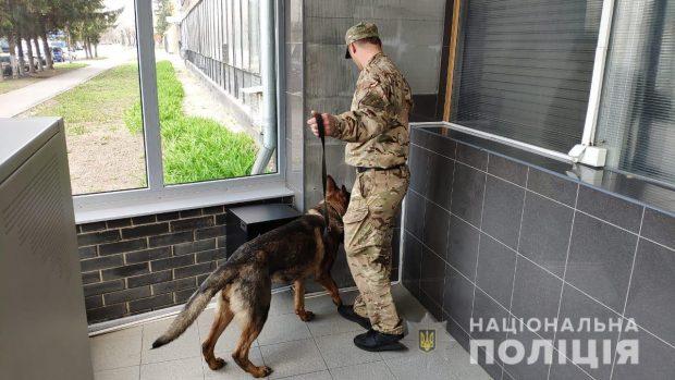 Полиция проверила сообщения о заминировании 5 объектов в Харькове