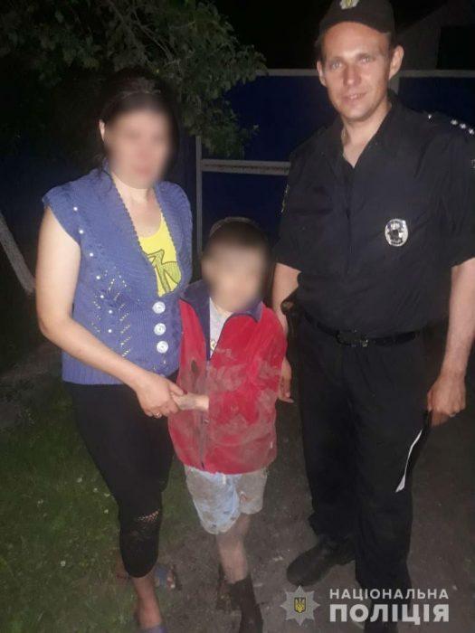 Под Харьковом потерялся 9-летний мальчик: ребенка искали жители трех сел