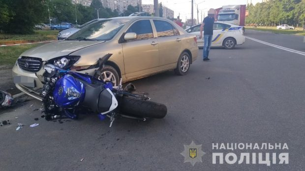 В результате ДТП на Салтовке один человек погиб, еще двое получили травмы