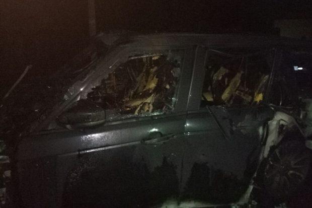 В Харькове ночью сгорели два автомобиля