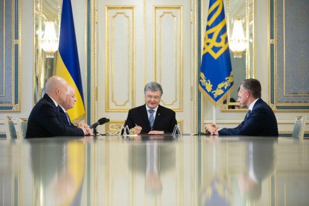Порошенко подписал указ о запуске 5G в Украине