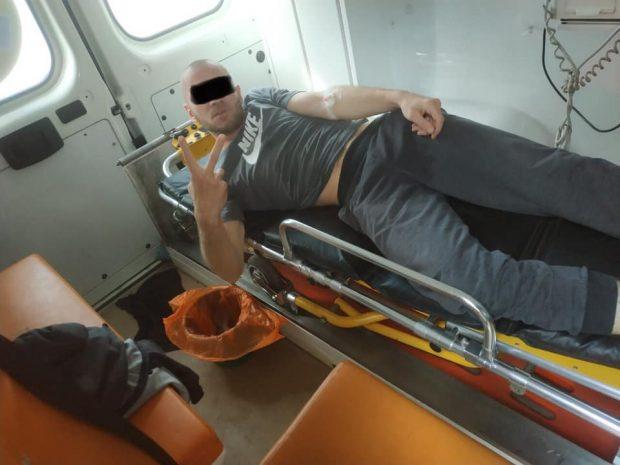 На харьковскую бригаду скорой помощи набросился пациент
