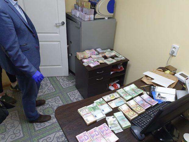 В Харькове ликвидирован конвертационный центр с оборотом почти 200 млн гривен