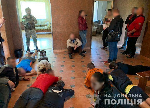 На Харьковщине полиция накрыла псевдореабилитационный центр для наркозависимых